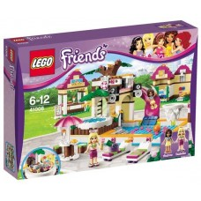 LEGO Friends - Strandul Orasenesc Din Heartlake (41008)