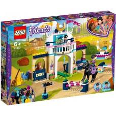 LEGO Friends - Sariturile cu calul lui Stephanie (41367)